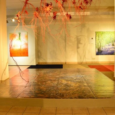 'Aarden' in Flower Art Museum 'De aarde lacht in bloemen'